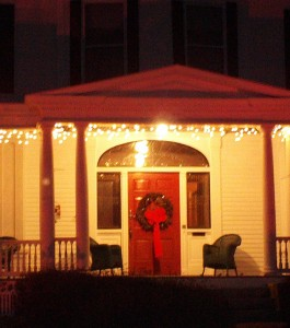portsmouth-nh-homes-a-welcoming-porch-and-front-door-ann-cummings-nh-realtor